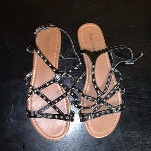Maurice's strapped sandals